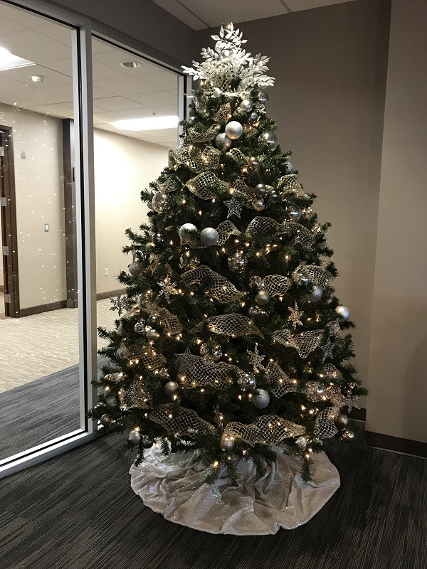 Christmas Tree 8'  - Artificial Trees & Floor Plants - Artificial Christmas tree rental for the season